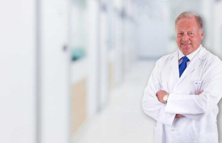 Dr. Manuel de la Rosa | Especialista en Urología en Ourense